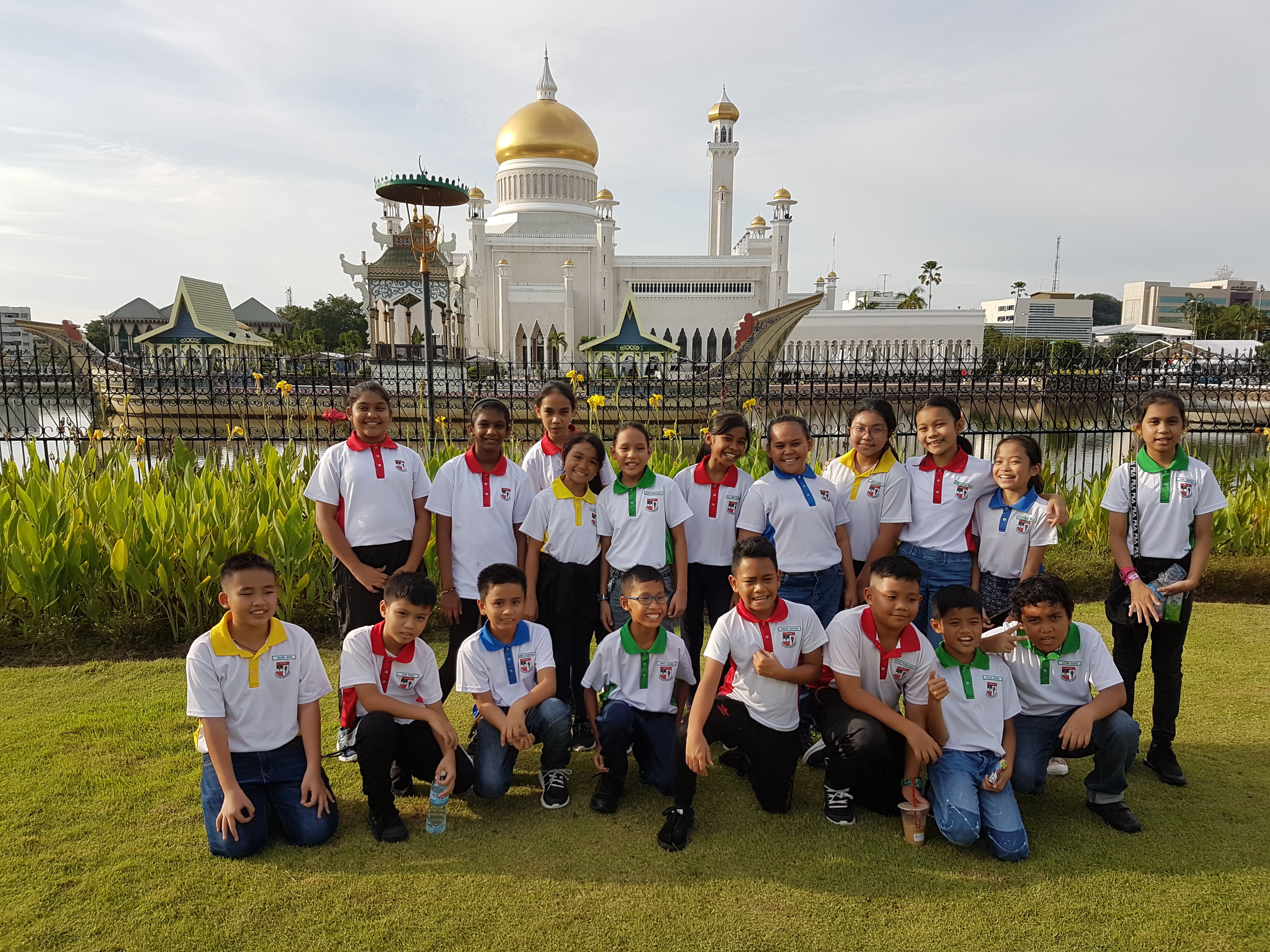 2 A shot with the Golden Mosque at the background.jpg